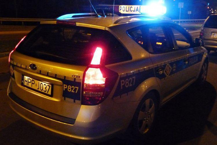 Wypadek na Katowickiej. Osobówka wjechała w grupę pieszych