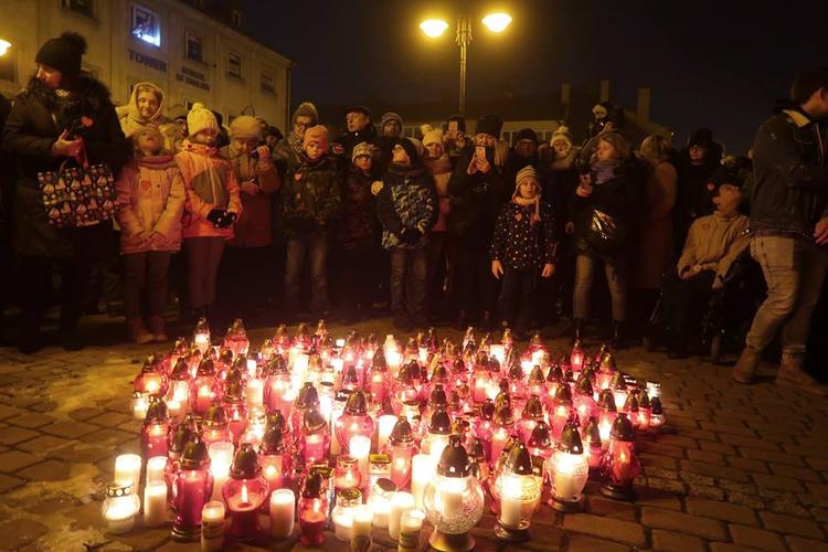 Tłumy żorzan uczciły pamięć prezydenta Gdańska