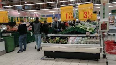 Pracownicy Auchan w Żorach czują się zagrożeni