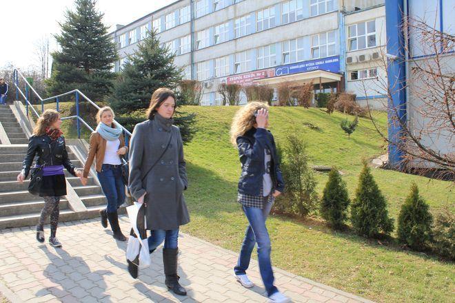 W Żorach nauczyciele tracą pracę w szkołach