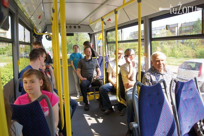 Wprowadzenie darmowej komunikacji miejskiej cieszy się ogromną popularnością wśród żorzan.