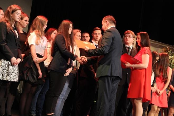 Dzień Edukacji Narodowej w Żorach: posypały się nagrody, UM Żory