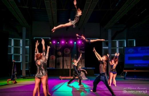 Pe�en wra�e� IV Festiwal Gimnastyki i Akrobatyki Sportowej