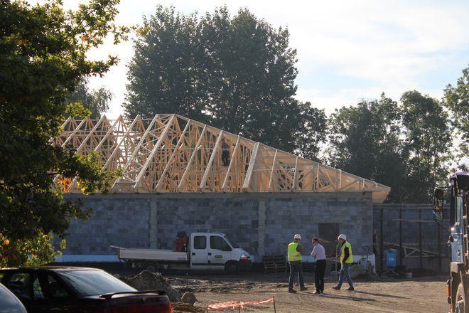 Zakończenie prac przy budowie nowego marketu przewidziano na koniec listopada.