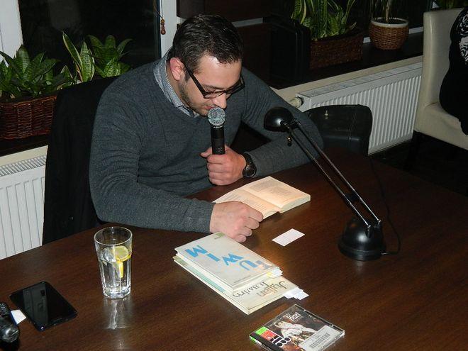 Mariusz Chudek czyta wiersze Tuwima