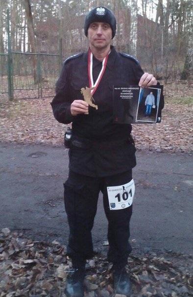 Mundurowy z Żor wziął udział w Maratonie Komandosa, KMP Żory