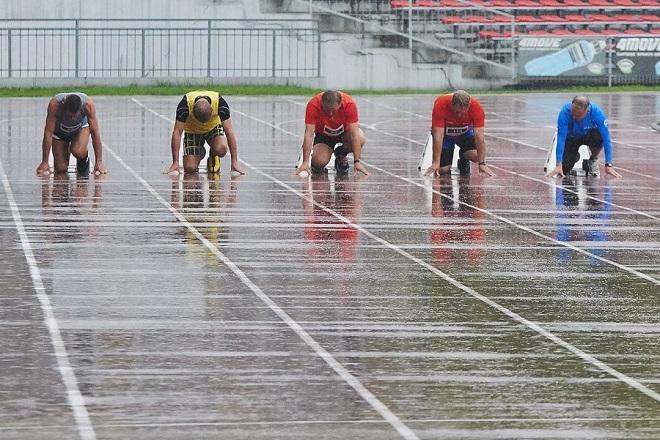 Podinsp. Stanisław Żółtaniecki zdobył na krakowskiej olimpiadzie wicemistrzostwo Polski w biegu na 60 m