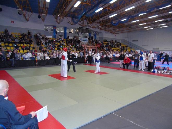 """30 kwietnia w żorskiej hali odbędzie się II edycja Turnieju Karate Kyokushin """"SARI CUP"""". W poprzedniej edycji wzięło udział ponad 200 zawodników"""