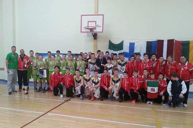 Żorska Akademia Koszykówki zwyciężyła rozgrywany w stolicy Łotwy, Rydze, turniej koszykówki U-14