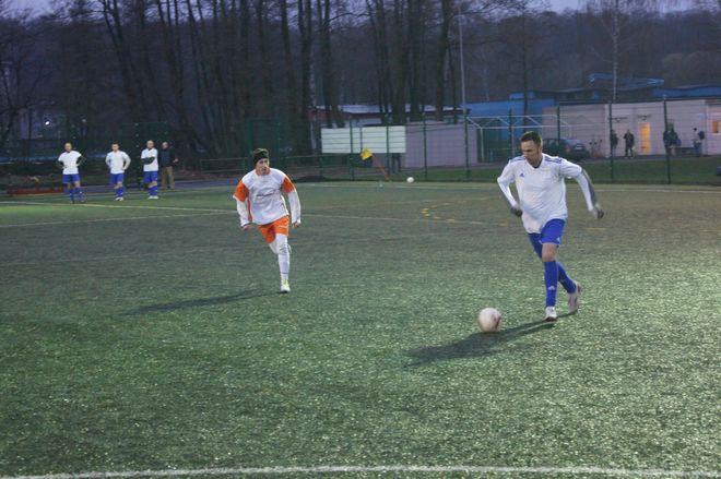 W spotkaniu dwóch debiutantów rozgrywek Business League drużyna ZSRG Żory pokonała Rettig Heating 5:0