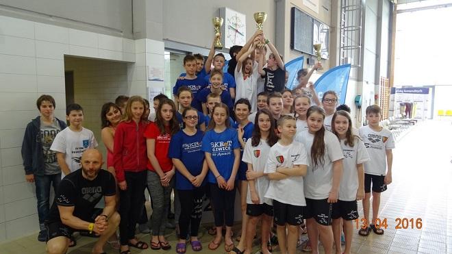 Młodzi pływacy z UKS Salmo Żory z roczników 2004, 2005 i 2006 zanotowali dobry występ w Finałowej Rundzie Ligi Klubów Śląskich