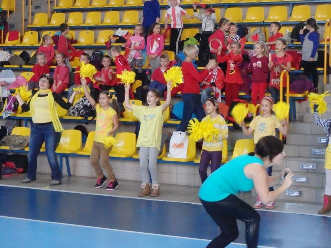 Stowarzyszenie Dzieci Matki Teresy organizuje na hali sportowej Turniej Integracyjny dla szkół podstawowych