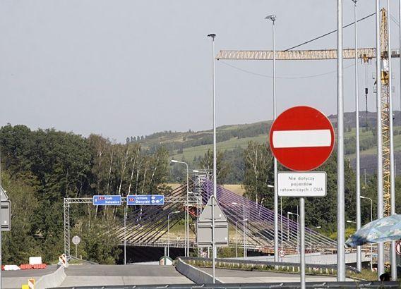 Autostradą pojedziemy kilka miesięcy wcześniej?, Dominik Gajda