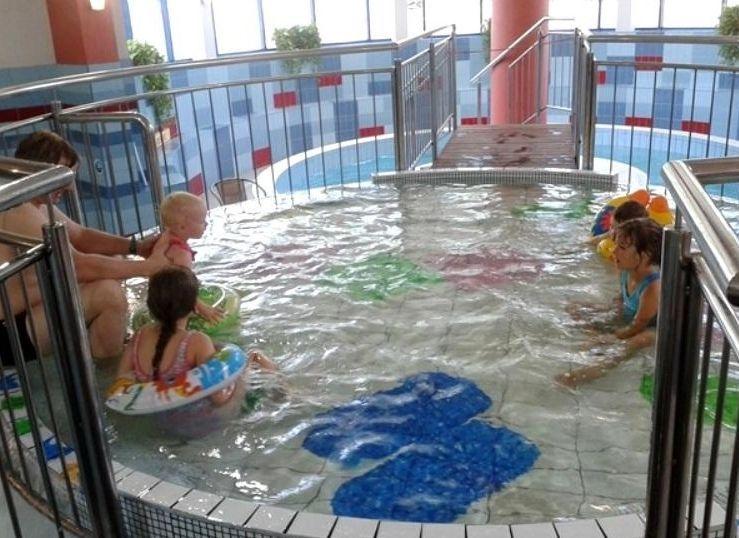 Niedawno w Parku Wodnym uruchomiono mały basenik dostosowany dla najmłodszych miłośników pływania.