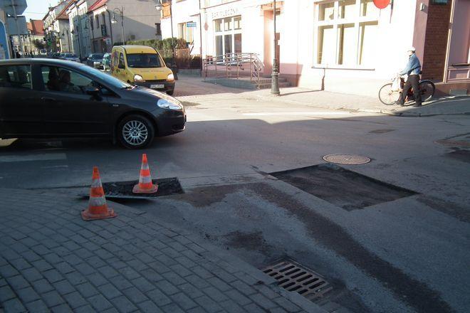 Budowa parkingów, remont dróg i doświetlenie ulic to znów najczęstsze potrzeby dzielnic miasta.
