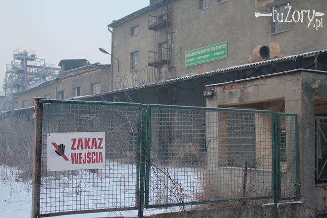 Budynek w każdej chwili może się zawalić.