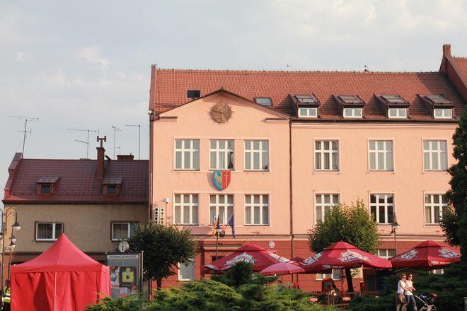 Terenowy punkt paszportowy będzie mieścił się za budynkiem Urzędu Miasta.