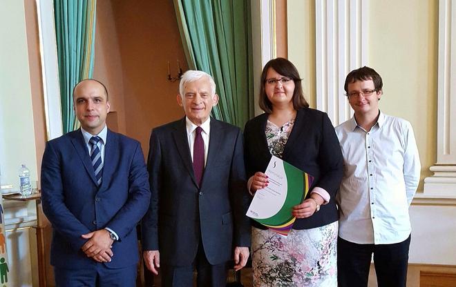 Jednym z gości honorowych gali był prof. Jerzy Buzek