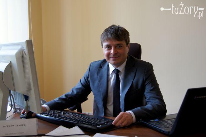 ./pliki/wywiady/jacek_swierkocki.jpg